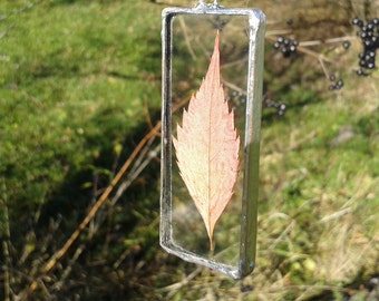 Glass rectangle leaf necklace