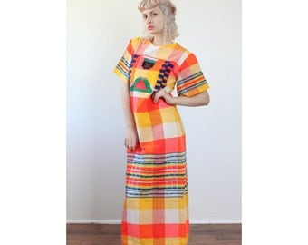 70s Mexican Dress // Vintage Bright Patterned Embroidered Boho Maxi Dress Hippie - Small to Medium