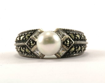 Vintage Judith Jack Freshwater Pearl Marcasite Ring 925 Sterling Silver RG 2268-E