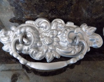 Set of antique drawer pulls/Antique silver drawer handles/Metal antique drawer pulls