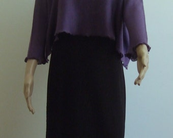 The extra-large short sweater in beautiful purple Merino yarn soft