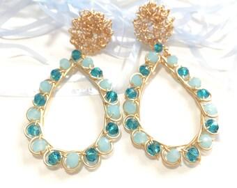 Dangle drops earrings Wire wrap earrings Bead earrings Statement earring Beadwork jewelry Handmade Tears earrings Black earrings Green Blue