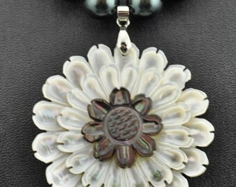Carved Mother of Pearl pendant, Shell Pearls necklace and earring set