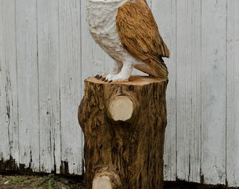 Large Barn Owl Chainsaw Carving
