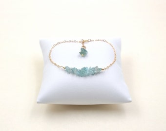 Aquamarine Rough Gemstones Bracelet - March Birthstone Jewelry -Aquamarine Chips Precious Minimalist Jewelry -Boho Chic Gold-Filled Bracelet