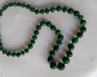 Malachite necklace - M01020