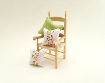1:12 Scale Miniature Dollhouse Springtime Blooms Pillow Collection