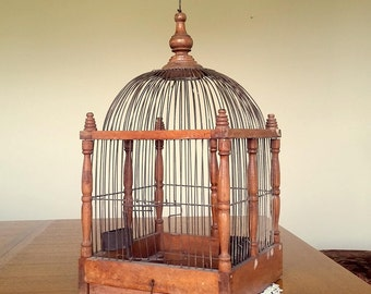 Vintage BIRD CAGE WOODEN  and Wire Rustic Dome Shabby Chic Spring-Loaded Door and Two Bird Feeder Trays