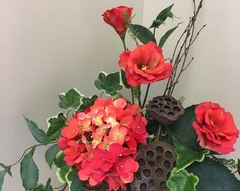Summer Arrangement, Everyday arrangement, Home Decor, Floral, Centerpiece, Floral Arrangement, Coral Flowers, Flower Arrangement