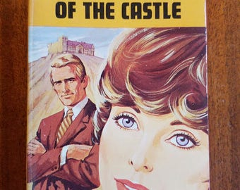 Vintage Harlequin Romance #1554 The Keys To The Castle by Barbara Rowan