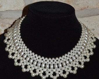 WEDDING WONDER - Vintage 1960s White Faux Pearl Collar Bib Necklace - Edwardian Style