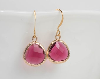 Ruby Gold Earrings, July Birthstone Gold Framed Earrings, Ruby Earrings, July Birthday Gift, Bridesmaid Jewelry, Bridesmaid Gift