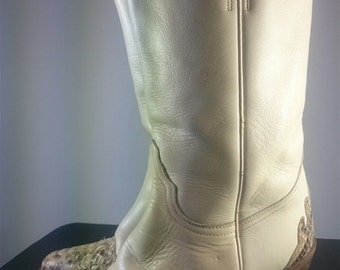 Vintage Women's Cream and Brown Leather Western Cowboy Boots UK size 5 or US size 8 1970's