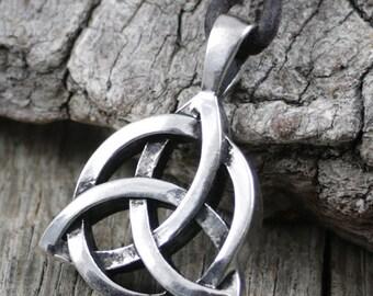 Mens Celtic Triquetra Knot Necklace, Mens Leather Necklace, Celtic Knot Pendant, Trinity Pendant, Surfer Necklace, Pewter, Metal, Rustic