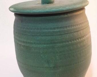 Treat jar in Matt green