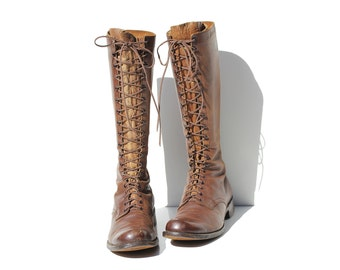 Vintage Men's Brown Leather Tall Lace-Up Boots / size 9