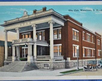 Elks Club Watertown South Dakota 1920s Cars White Border Postcard Unused