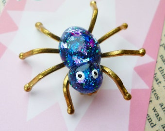MINI Confetti Lucite style Spider scatter pin by Luxulite - Peacock blue sparkles