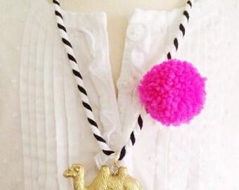 Animal Necklace Camel Necklace Pompom Jewelry Plastic Animal Necklaces Bright Pendant Necklaces Boho Style Jewelry for Kids