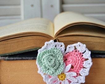 Handmade Bookmark, Crocheted Bookmark, Flowers Bookmark, Book Lover Gift, Pink Heart Shaped, Valentines Gift