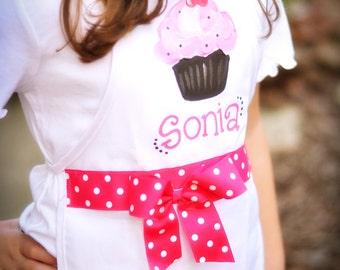 cupcake apron, child's baking apron, girl's cupcake apron with pink bow, baking party, cupcake party, kitchen apron, cupcake birthday party