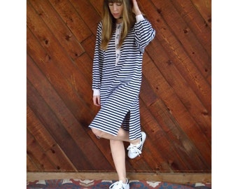 Navy Striped Sweatshirt Knit Midi Dress - Vintage 80s - M/L