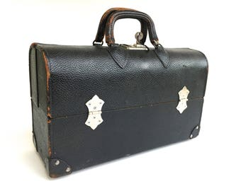 Vintage Black Leather Doctor's Bag~ Pandora Products Medical Company, Black Hard Leather Medical Bag w/ original key