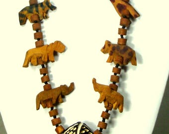 African SAFARI Necklace, Petite Version of Wood Carved Tigers, Lions, Elephants and Beads 1980s Big Game Hunting