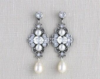 Pearl Wedding earrings, Crystal bridal earrings, Wedding jewelry, Vintage style earrings, Swarovski crystal earrings, Antique silver ASHLYN