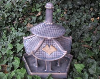 On Reserver for Van Dao Samurai Pagoda Bird Feeder