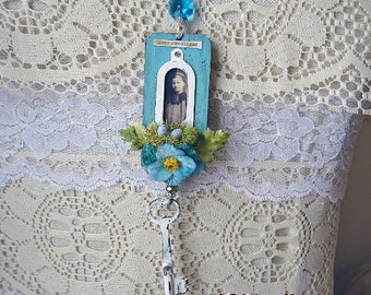 PURE SWEETNESS - French Blue Spring Ornament -  NO294a