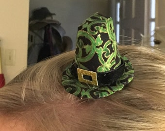 Irish Leprechaun Clip-on Mini Hat