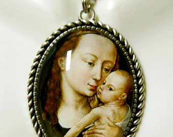 Madonna and child pendant and chain - AP09-133