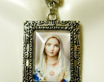 Immaculate heart of Mary picture frame pendant and chain - AP05-404