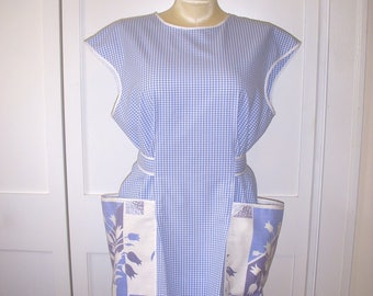 Midcentury Style Cobbler Apron, Large, Vintage Tablecloth Pockets, Blue and White Gingham Check