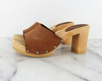 Vintage Platform Leather Slides Tan Sandals Candies Made in Italy Demi 8