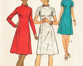 Simplicity 5324 / Vintage Sewing Pattern / Dress / Size 18 Bust 40