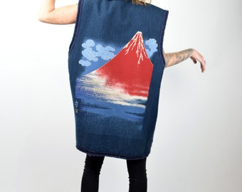 VTG 1960s Wool Lined Oversized Collared Sweater Vest w Pockets and Hand Painted Volcano Island Graphic