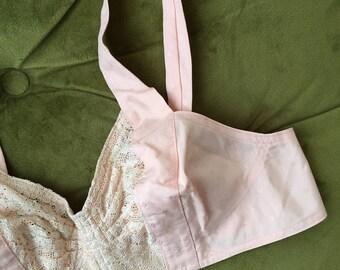 vintage 1940s bra. 40s cotton lace vintage bullet bra. 40s pinup lingerie