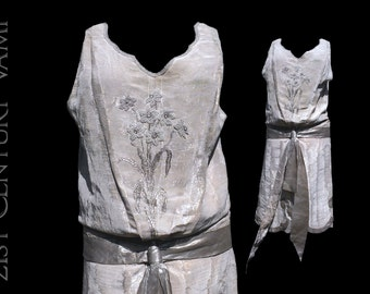 RARE 1920s French Silver Lame Wedding Dress by the Design House Eugenie et Juliette. Jazz Age. Flapper. Museum. Collector. Made In France.