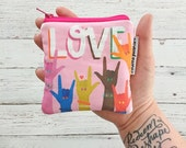 LOVE mini pouch