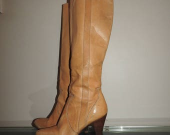 size 9 WILD PAIR tall knee high sexy 70s 80s boots