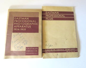 EKC Professional Films, Photographic Apparatus 1934-1935, Studio Cameras, Developers, Solutions, 2 Vintage Photography Booklets, Antique