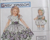 "Little Girl's Daisy Kingdom Dress and Dress for 13"" Doll Sewing Pattern - Simplicity 9096 - Sizes 3-4-5-6, Breast 22 - 25 - Uncut"