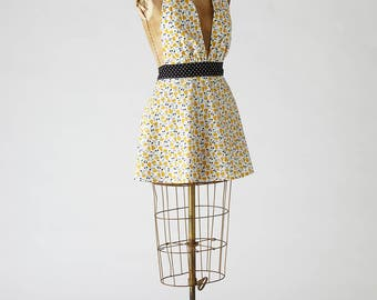 Womens Retro Marilyn Apron in Retro Pears