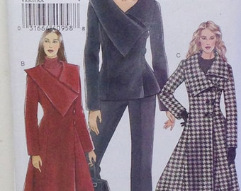 Vogue Jacket and Coat Pattern, Misses Size 6 - 12, Vogue Pattern V8307, Un Cut Sewing Pattern