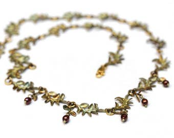 Vintage Handmade Leaves with Freshwater Pearl Necklace Gold Filled Lock