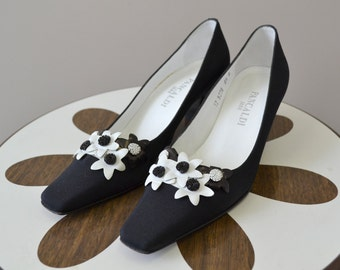 1960s Pancaldi Black and White Flower Heels, Size 6.5B