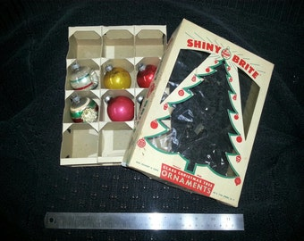 VINTAGE Six 1950s Glass Christmas Ornaments and Original Shiny Brite Box Lot Set Indent Ball Tree Decoration Holiday 40s Real Genuine Bright
