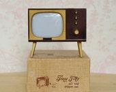 Vintage 1950s TV Salt and Pepper Shaker and Photo Holder